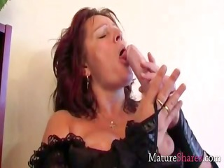 device gang-banging cougar girl dana