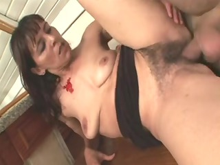 shaggy mature whore obtaining her muff dicked