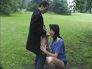 big woman fucked into the park of a castle (part