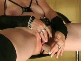 german, older babe with juicy vagina pushing dildo