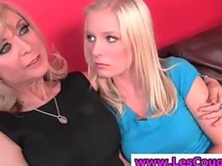 pale lesbians kissing