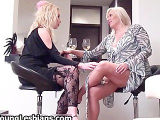 bleached mature woman seduces part6