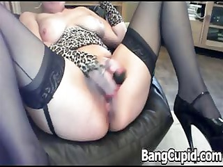 spurting milf plastic cocks her cave