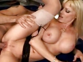 cougar babe holly sampson spreads her cunt to own