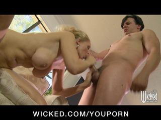 giant tit blond cougar lady jenna amanda lady