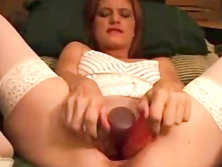 ginger mature girl pushing vibrator with giant