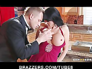 gold digger eve karera seduces a more young guy