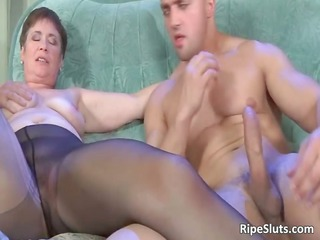 older hooker getting that elderly bitch part3