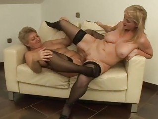 its milf vs gilf in sexy lesbian fucking!