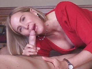 cougar lady gets sperm