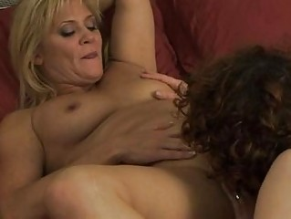 two homosexual woman mommas have angel on chick