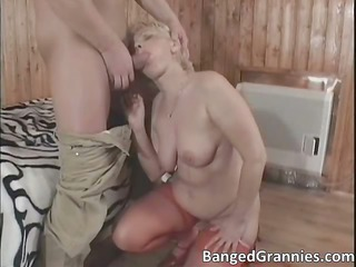 awesome blonde cougar chick obtains gang-banged