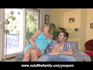 daughter watches her mom get arse fucked