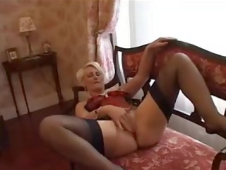 goldenhaired mother id enjoy to fuck has a fiddle