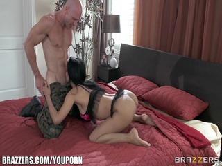 army lady isis worship gives her fucker a welcome