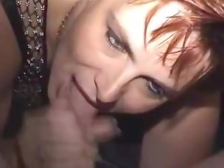 cougar babe does it right