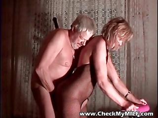 amateur woman into bodystockings
