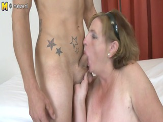 granny old fucking and engulfing amateur knob