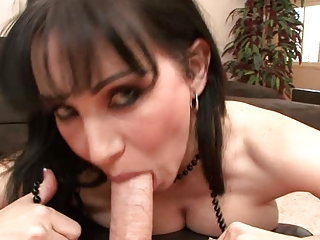 rayveness in mothersuckers