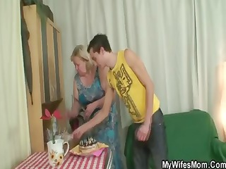 son in law gets fat woman and fucks her and after