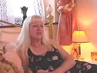 casting italian older lady