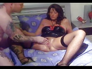 older german slut fist,bottle and feet gang bang