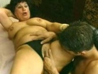 fucker bangs the dentures right outta granny