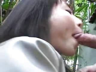 japanese girl momoi licks some libido dm720