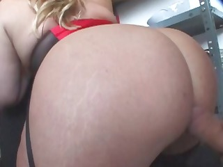 albino babe has a large white butt and gets a big