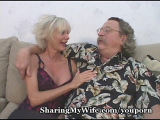 older with delightful strong pussy