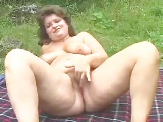 older whore frigs 4 u