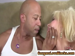 mature pantyhose chick gets fucked