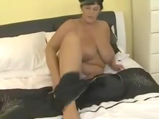 curvy boobed mother id like to copulate