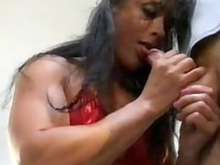 grownup ladies bodybuilding