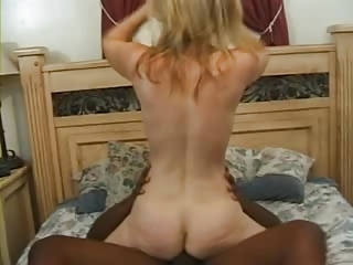 heather naughty over 40 woman doing ass