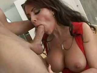 filthy momma victoria valentino likes a wet young