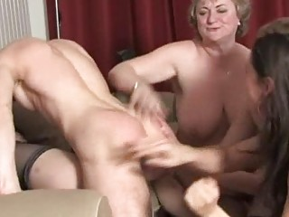 cougar sluts having pleasure and awsome bunch