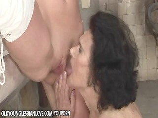 old licking prostitute